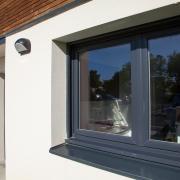 Fenêtre PVC plaxée ral7016